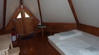les tipis du camping-grand lit